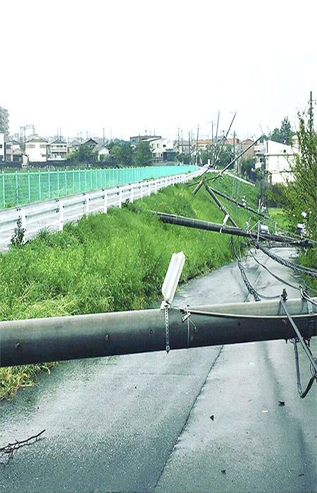 電柱の倒壊